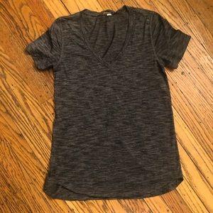 Lululemon v neck t shirt size 6